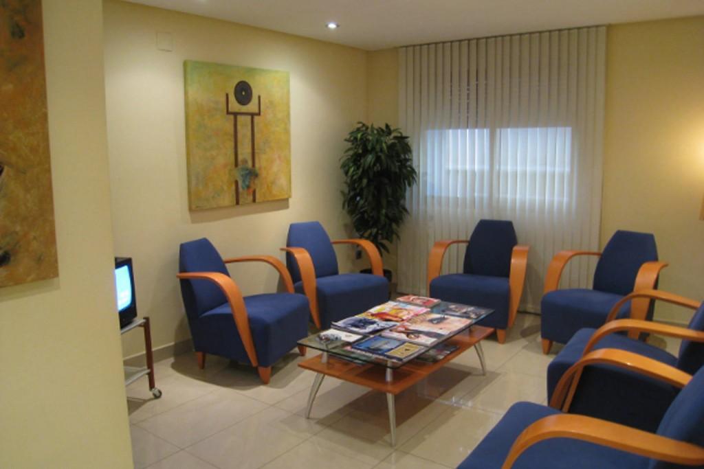 Consulta cirugia estetica Gandia Dr. Puig