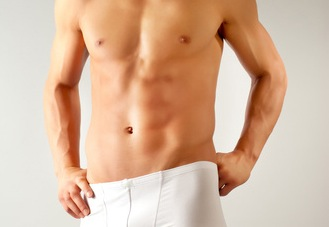 Abdominoplastia y ginecomastia